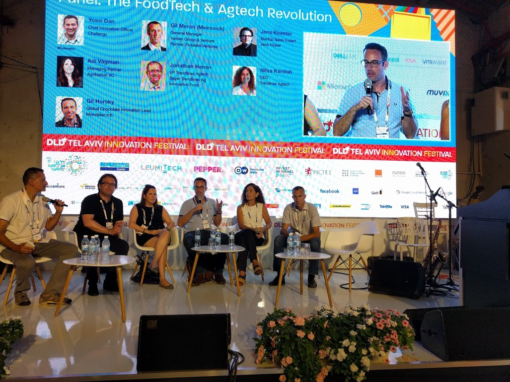 Horsky at DLD Conference (4)